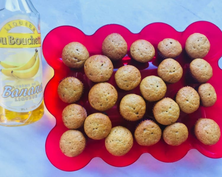 Quick and Easy Delicious Banana Liqueur Muffins
